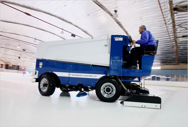 rink smoother machine