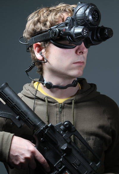 C8e1_black_ops_throat_mike_headset_wearing