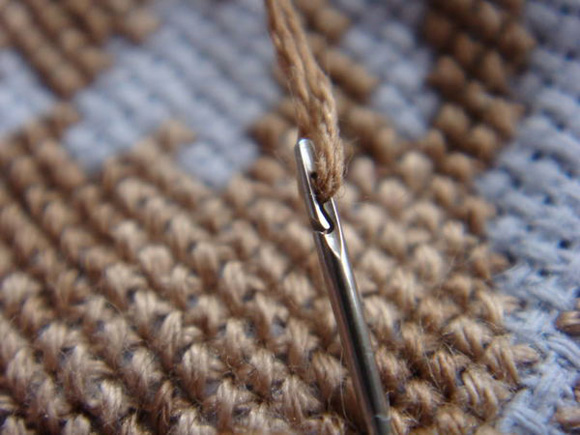 EasyThread-Sewing-Needle
