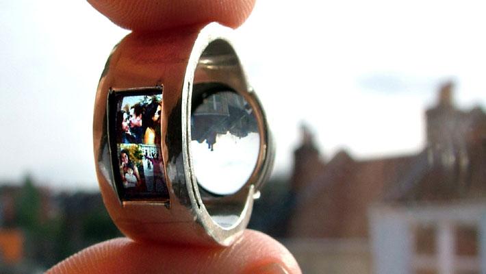 Projecting-ring_luke_jerram