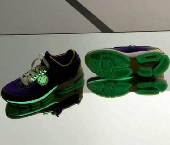 Stella-mccartney-adidas-glow-in-the-dark-sneakers-2