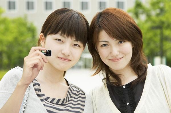 Chobi-mini-digital-camera-002