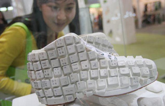 Qwerty-shoe-2