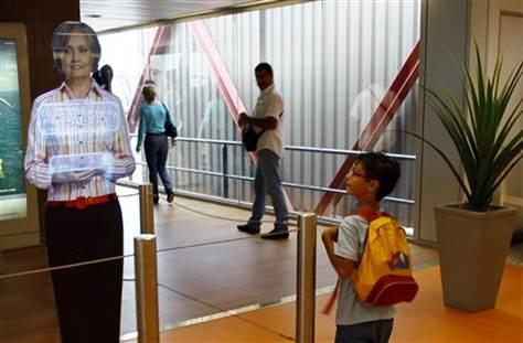 France airport holograms-858741098_v2.grid-6x2