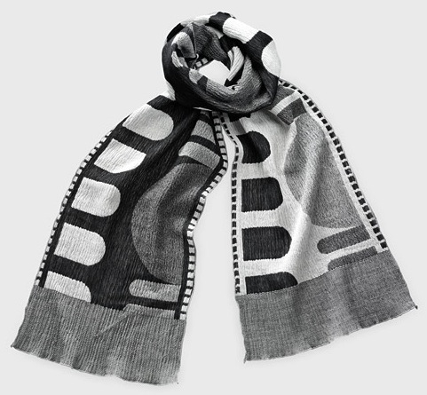 91454_A2_Scarf_Roll_Up_Black-White