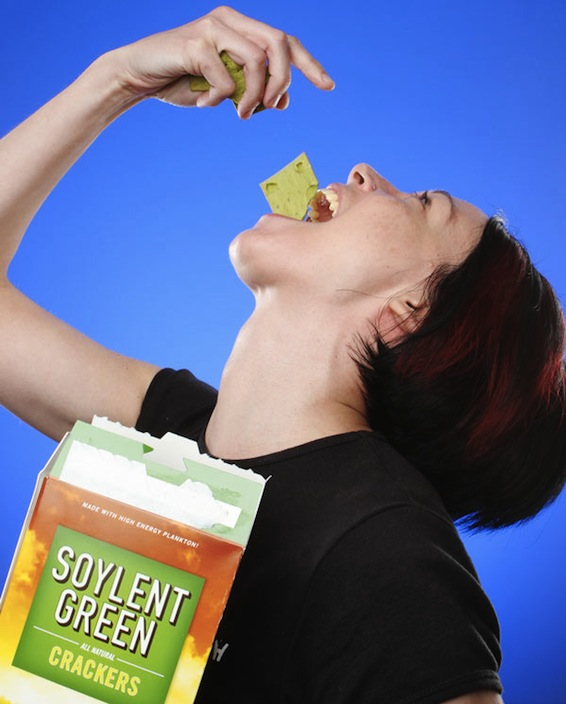 E9aa_soylent_green_crackers_eating