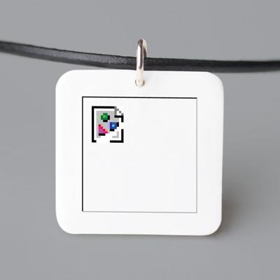 Broken_image_necklace