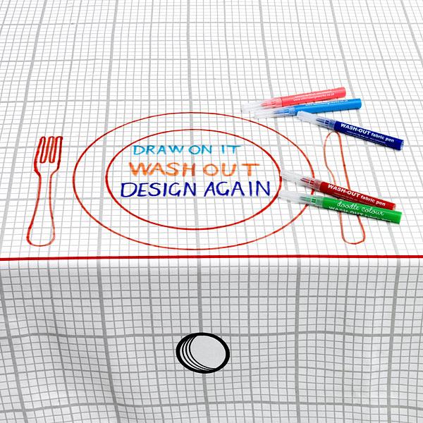 E93e_doodle_tablecloth
