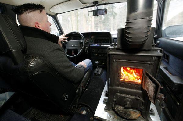 Pb-120209-volvo-woodburning-stove-01.photoblog900
