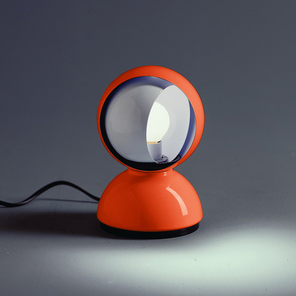 Artemide-eclisse-table-lamp--12-h-16-cm-orange--p--arte-0028050a_0