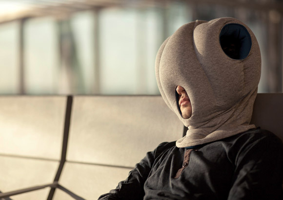 Ostrich-Pillow-allows-you-to-take-a-nap-anywhere-1