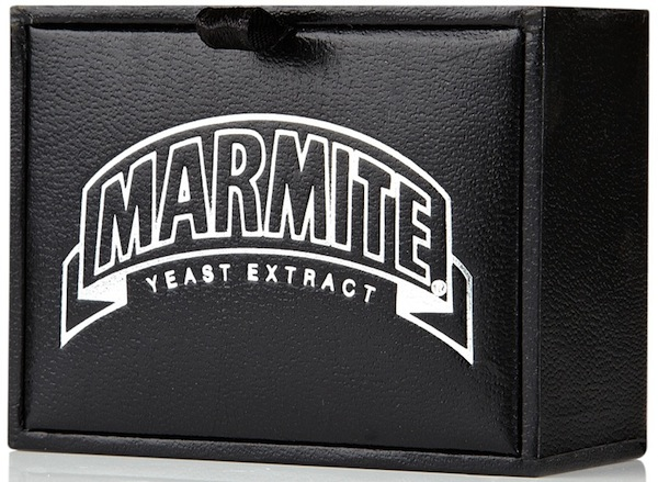 Ng4015_marmite_cufflink_lr3