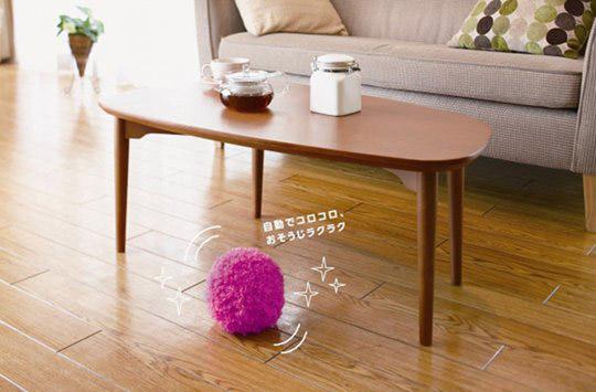 Mocoro-robotic-furball-vacuum-cleaner-1