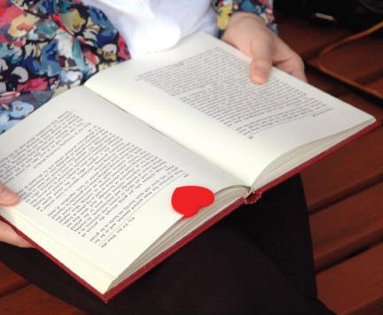 Heart_bookmark-2