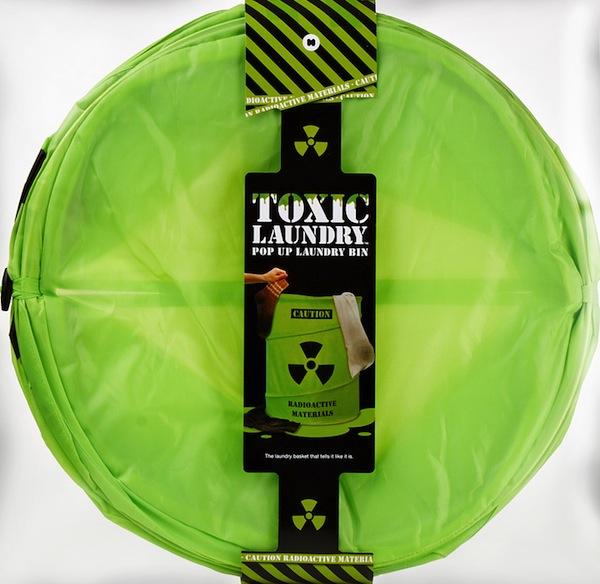 Ng5045_toxic_laundry_basket_lr1