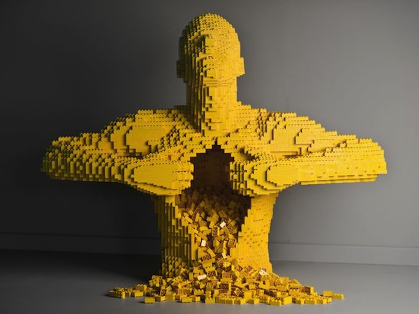 1371138995000-XXX-The-Art-of-the-Brick-exhibition-01-2837-1306131201_4_3_rx513_c680x510