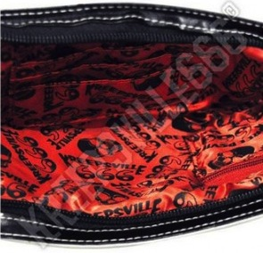 Bloody-cleaver-clutch-purse-3-590x290