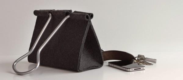 Clip-Bag-Peter-Bristol-4b-600x262