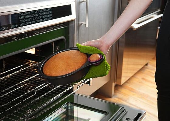 144b_nibble_cake_pan_oven