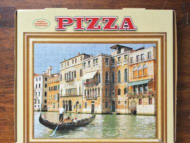 1383580165008-Viva-la-Pizza-p106