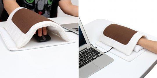 Thanko-usb-futon-heated-mouse-pad-1