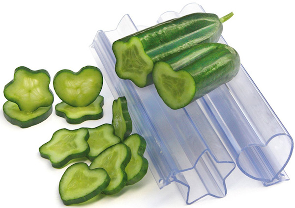 Heart-star-vegetable-and-fruit-molds-xl