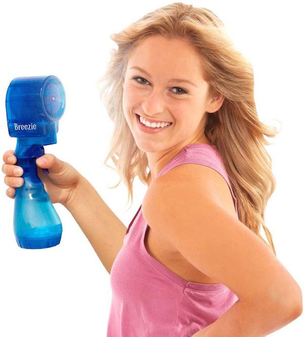 Breezie-bladeless-handheld-misting-fan-1