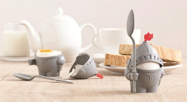 Arthur-the-Boiled-Egg-Knight-Cup-1