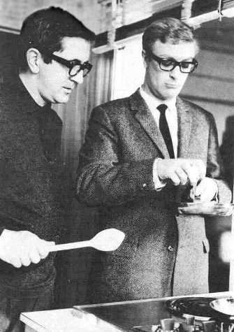 Len_Deighton_and_Michael_Caine_Ipcress_File