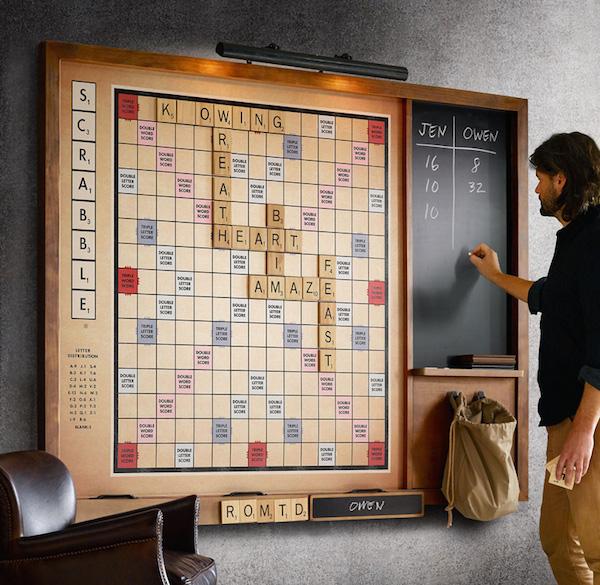Gigantic-wall-scrabble-game-xl