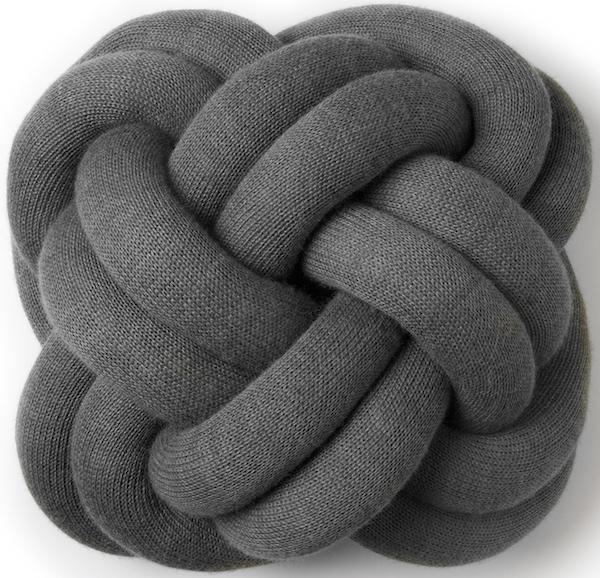 Knot_cushion_grey_small