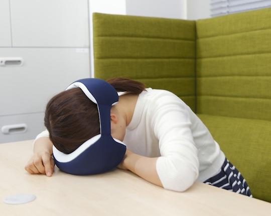 King-eye-mask-sleep-napping-pillow-2