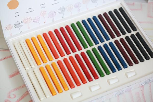 Crayon+Box+19-1