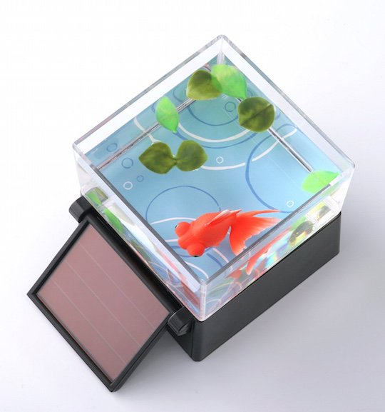 Japanese-robotic-goldfish-toy-solar-powered-9