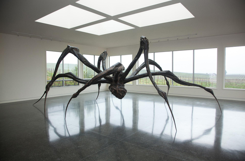 Louise-Bourgeois-Crouching-Spider-2003-Donum-Estate-Sonoma-California
