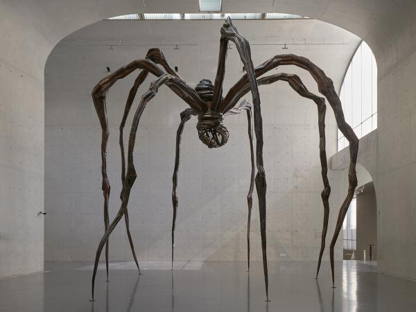 Louise-Bourgeois-Maman-Spider-1999-Long-Museum-West-Bund-Shanghai-2018