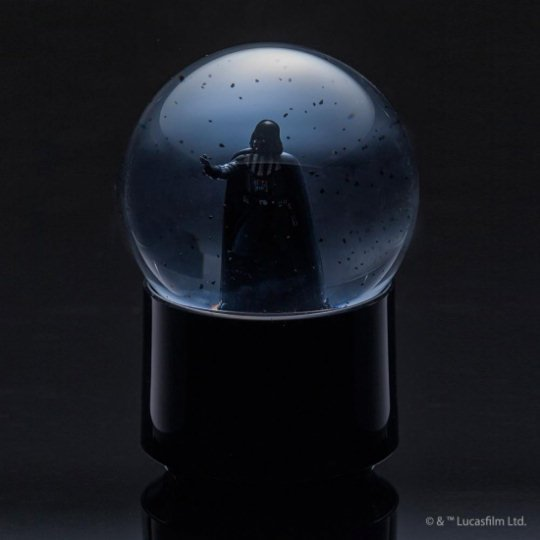 Star-wars-wireless-snowglobe-speakers-3