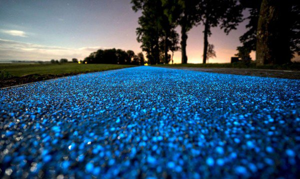 Glow-in-the-dark-bike-path3