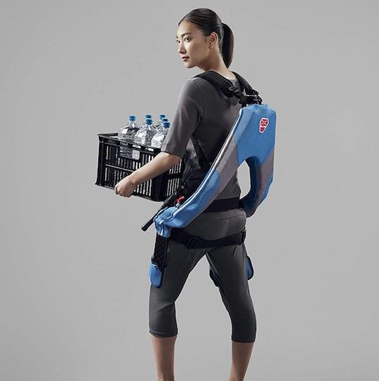 Muscle-suit-every-wearable-exoskeletan-soft-fit-1
