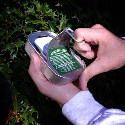 Survival_kit_sardine_can_open